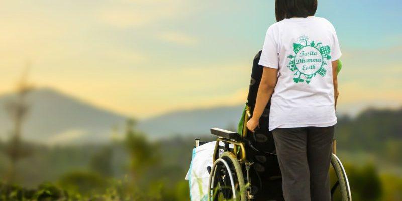 Im Spannungsfeld zwischen Sterbebegleitung und Sterbehilfe