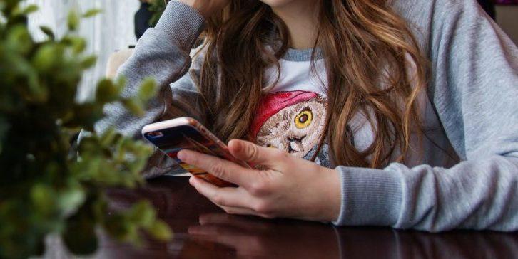 Digitale Mündigkeit in die Schulen